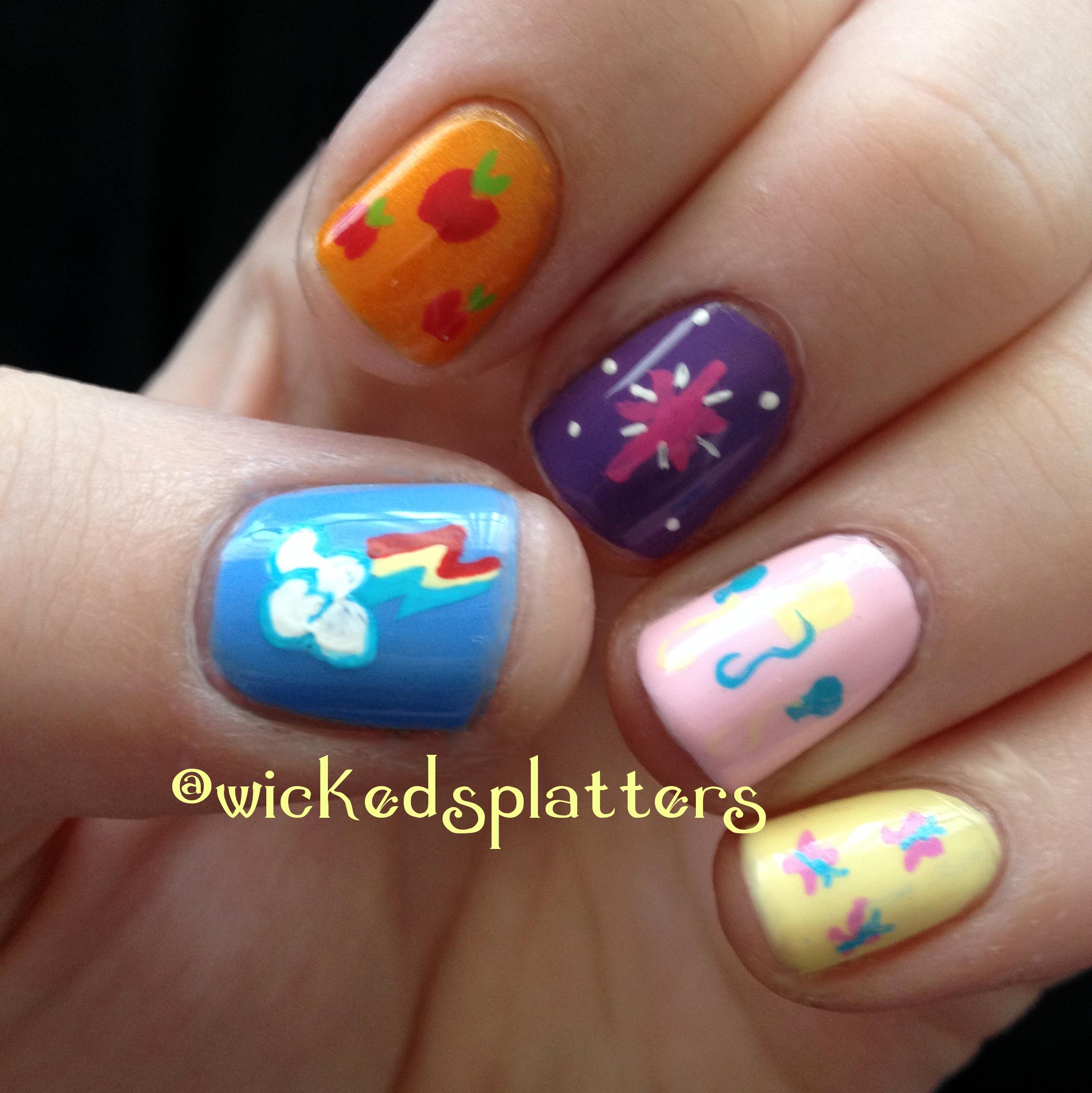 Rainbow Dash Nail Design: Rainbow dash on my nails by ladymarengo ...